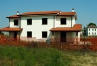 Villa Bifamiliare in Vendita a Granze