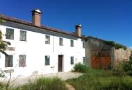 Rustico / Casale in Vendita a Sant'Urbano