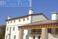 Villa in Vendita a Romano d'Ezzelino