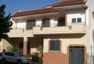 Villa Bifamiliare in Vendita a Lequile