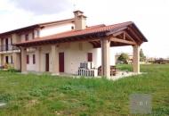 Villa Bifamiliare in Vendita a Villa del Conte