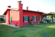 Villa in Vendita a Valeggio sul Mincio