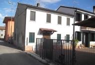Villa in Vendita a Veronella