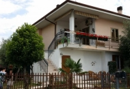 Villa Bifamiliare in Vendita a Bussolengo
