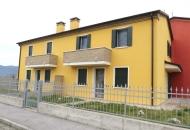 Villa a Schiera in Vendita a Nanto