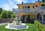 Villa a Schiera in Vendita a Acqualagna