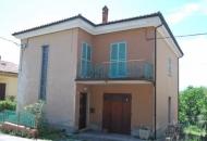 Villa in Vendita a Urbino