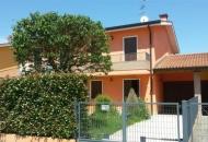 Villa a Schiera in Vendita a Pozzonovo