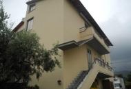 Villa Bifamiliare in Vendita a Loro Ciuffenna