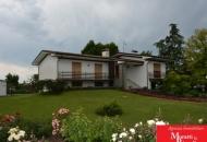 Villa in Vendita a Fiumicello