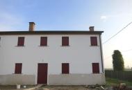 Villa Bifamiliare in Affitto a Este
