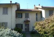 Villa in Vendita a Candia Lomellina