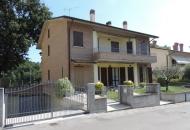 Villa Bifamiliare in Vendita a Fossombrone