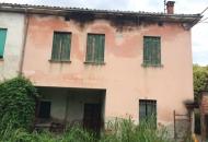 Rustico / Casale in Vendita a Marano Vicentino