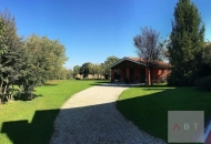 Rustico / Casale in Vendita a Villa del Conte