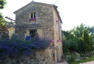 Rustico / Casale in Vendita a Belforte all'Isauro