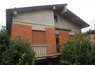 Villa in Vendita a Cazzano di Tramigna