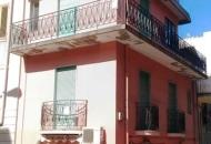 Villa in Vendita a Santa Lucia del Mela