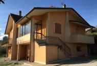 Villa in Vendita a Macerata Feltria
