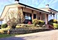 Villa in Vendita a Giacciano con Baruchella