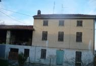 Rustico / Casale in Vendita a Conzano