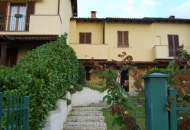 Villa in Vendita a Conzano
