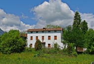 Villa in Vendita a Sedico