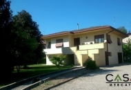 Villa in Vendita a Prata di Pordenone