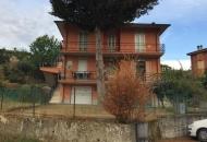 Villa Bifamiliare in Vendita a Macerata Feltria