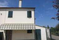 Villa a Schiera in Affitto a Este