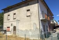 Villa a Schiera in Vendita a Lunano