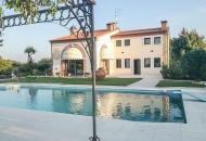 Villa in Vendita a Grancona