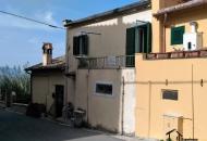Palazzo / Stabile in Vendita a Poggio Mirteto