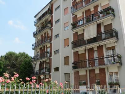 Palazzo/Palazzina/Stabile in vendita a Bresso