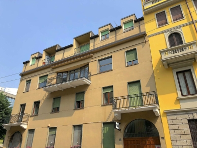 Palazzo/Palazzina/Stabile in affitto a Milano