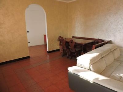 5 locali in affitto a Genova