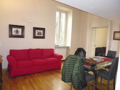 Trilocale in affitto a Napoli