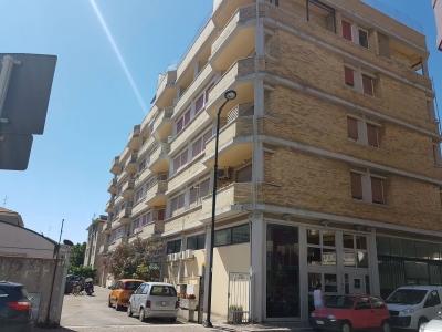 Trilocale in affitto a Pescara