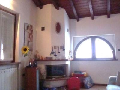 Casa indipendente in vendita a Viggiù