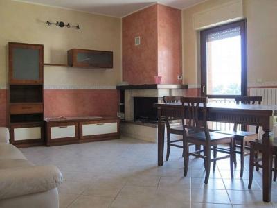 Palazzo/Palazzina/Stabile in affitto a L'Aquila