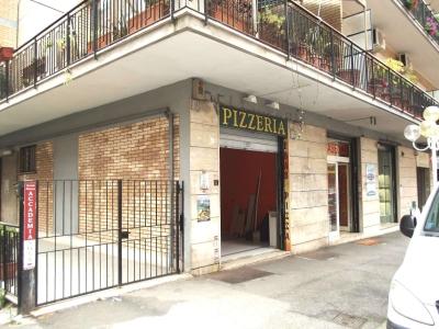 Casa indipendente in affitto a Roma