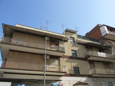 5 locali in vendita a Roma