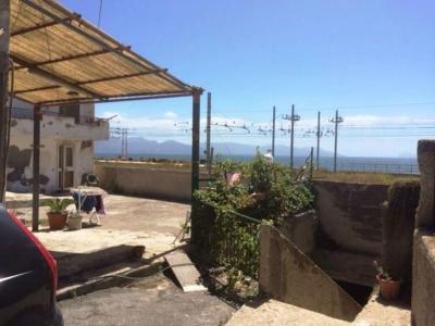 Porzione di casa in vendita a Torre del Greco