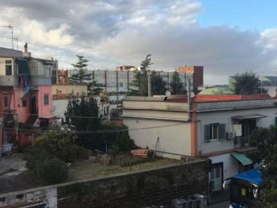 Monolocale in affitto a Napoli