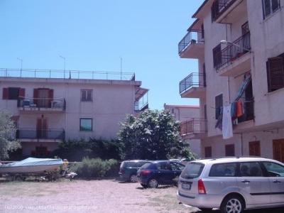 Trilocale in affitto a Roseto Capo Spulico