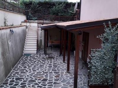 Palazzo/Palazzina/Stabile in vendita a Isernia