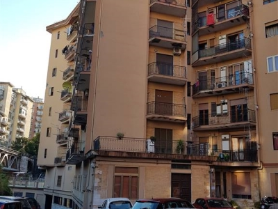5 locali in vendita a Salerno