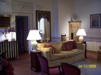 Casa indipendente in vendita a Prato