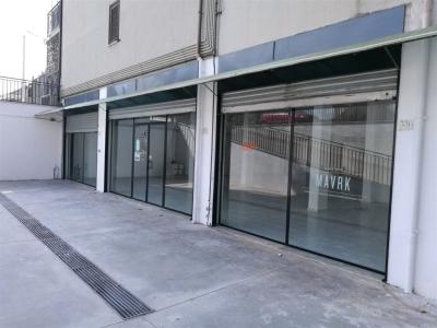 Negozio - Locale in affitto commerciale a Caserta - Caserta