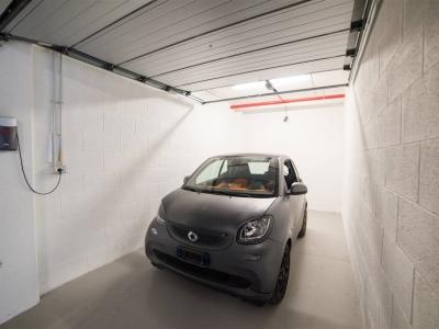 Box - Garage in vendita residenziale a Roma - Roma